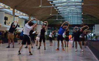 Pratiquer du sport au travail pour booster la productivité et le bien-être